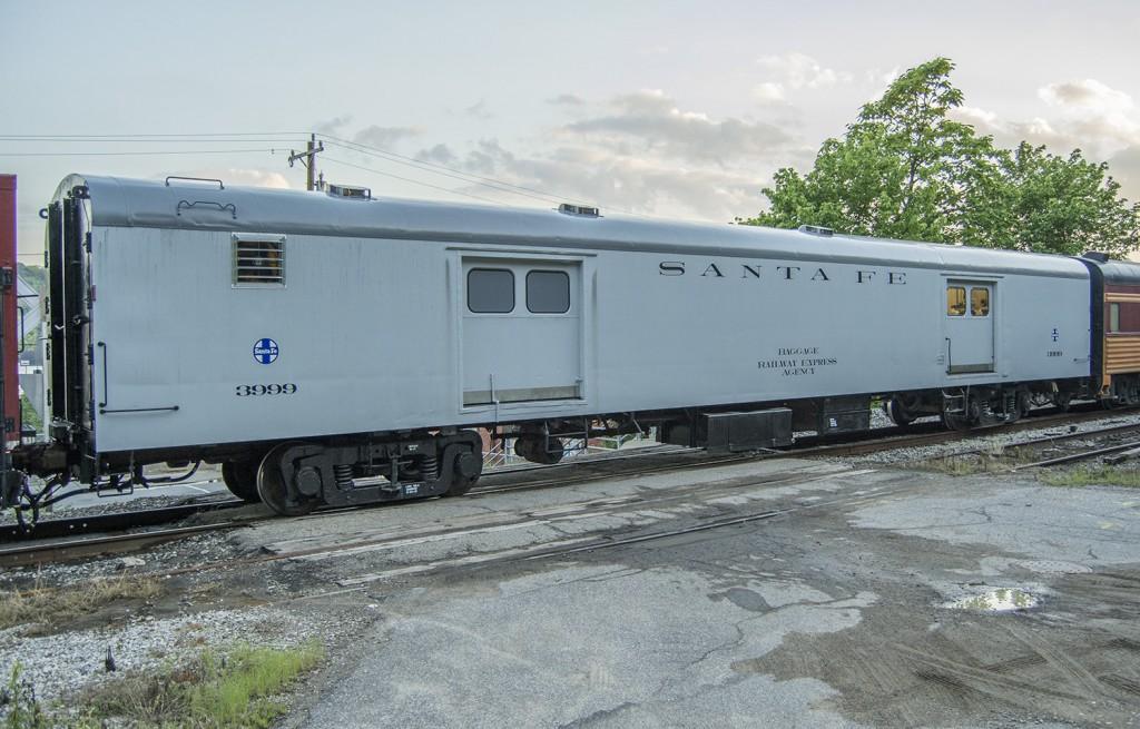 Cinci-Railway-ATSF_3999-1